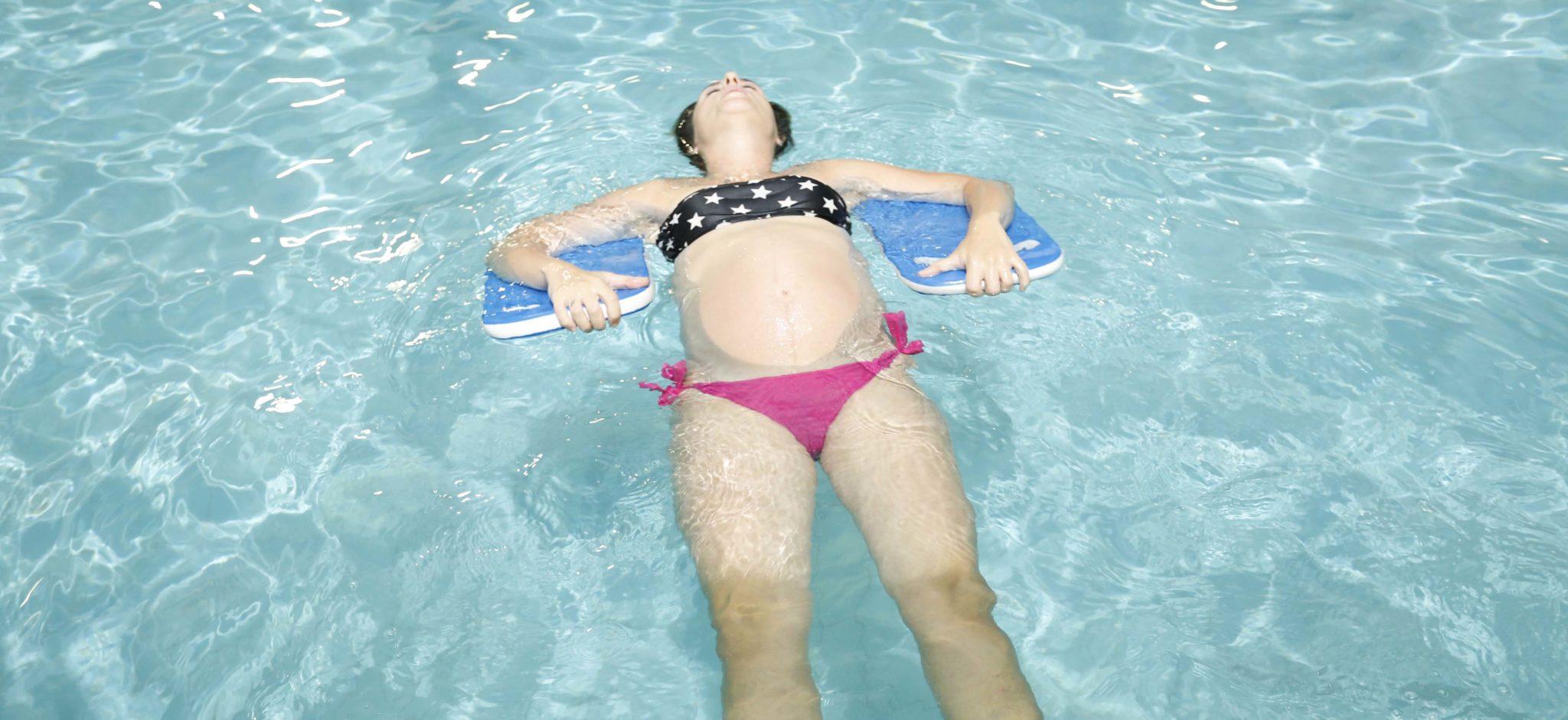 aqua yoga για εγκύους από τους Ιχθείς Aqua Club - Baby Swimming Thessaloniki