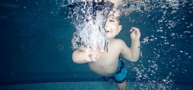 Baby Swimming Θεσσαλονίκη υποβρύχια φωτογράφιση Ιχθείς Aqua Club - Baby Swimming Thessaloniki - Baby Swimming Θεσσαλονίκη υποβρύχια φωτογράφιση Ιχθείς Aqua Club - Baby Swimming Thessaloniki - Videos για βρεφική κολύμβηση - η βρεφική κολύμβηση στη Θεσσαλονίκη - Τα βρέφη εξοικειώνονται αμέσως με το baby swimming