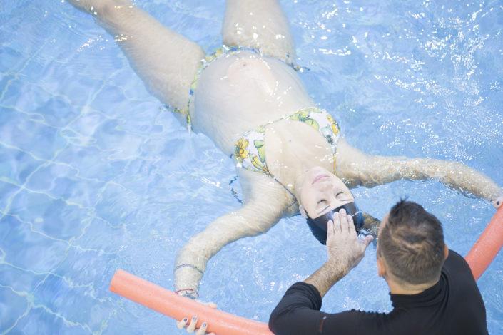Aqua Yoga στην εγκυμοσύνη από τους Ιχθείς Aqua Club - Baby Swimming Thessaloniki - Aqua Yoga για εγκύους