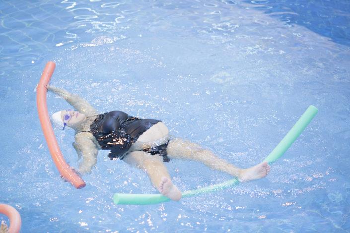 Στην εγκυμοσύνη το κολυμβητήριο είναι η ιδανικότερη άσκηση! Aqua Yoga για εγκύους από τους Ιχθείς Aqua Club - Baby Swimming Thessaloniki