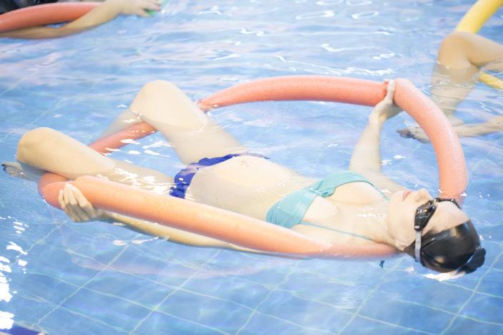 Δραστηριότητα για εγκύους - aqua yoga για εγκύους από τους Ιχθείς Aqua Club - Baby Swimming Thessaloniki