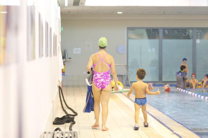 Κολύμβηση μαζί με το παιδί μου