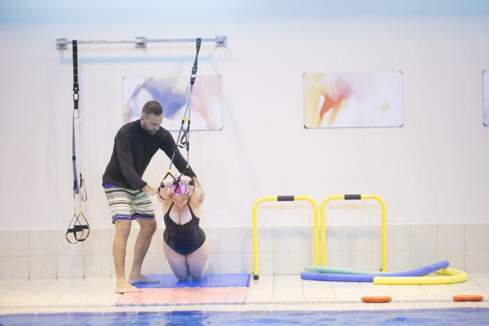 Δραστηριότητες για ενήλικες στη Θεσσαλονίκη από τους Ιχθείς Aqua Club - Baby Swimming Thessaloniki! Aqua Functional, aqua aerobic, aqua yoga για εγκύους, ελεύθερη κολύμβηση για ενήλικες