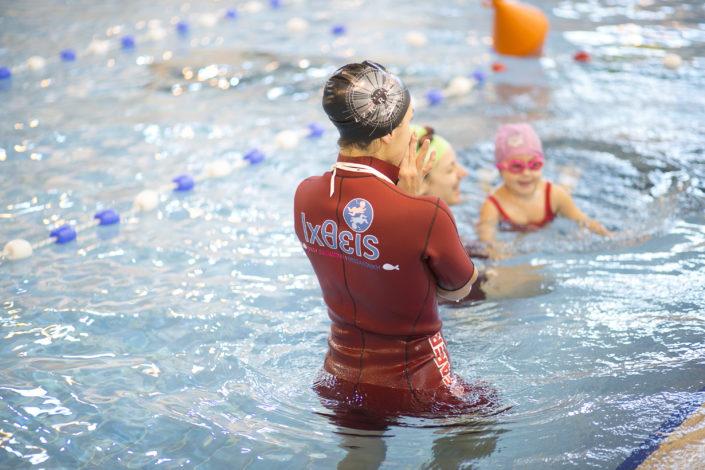 Μαθήματα κολύμβησης για παιδιά από τους Ιχθείς Aqua Club!