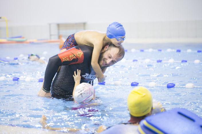 Τμήματα παιδικής κολύμβησης στην πισίνα της EUROMEDICA-Αρωγής από τους Ιχθείς Aqua Club - Baby Swimming Thessaloniki