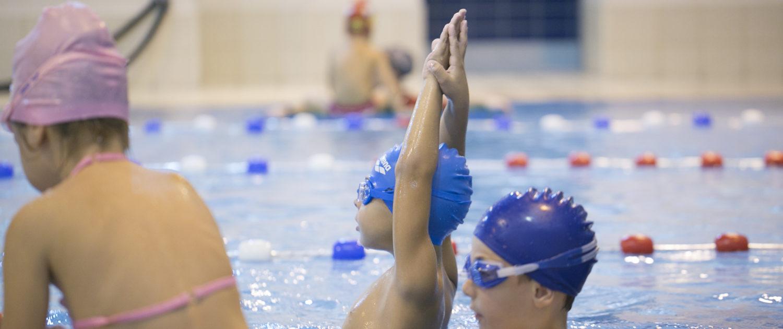 Ασφάλεια στην κολύμβηση! Στους Ιχθείς κολυμπάμε με ασφάλεια και μαθαίνουμε στα παιδιά να είναι ασφαλείς στο νερό.