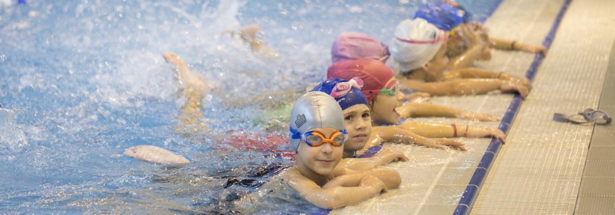 Τμήματα ακαδημιών κολύμβησης - Εκμάθηση κολύμβησης παιδιών από τους Ιχθείς Aqua Club - Baby Swimming Thessaloniki