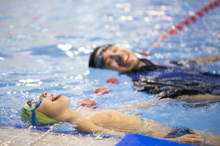 εξέλιξη των παιδιών στην κολύμβηση - Προπονητές κολύμβησης και παιδιά