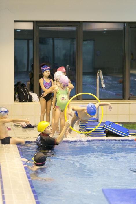 Κολύμβηση και κοινωνικοποίηση με τους συνομήλικους!